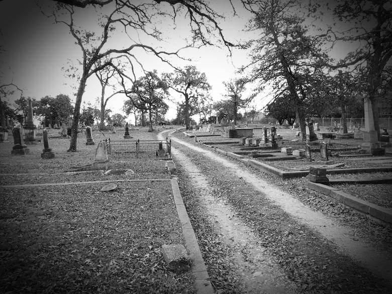 oakwood-cemetery